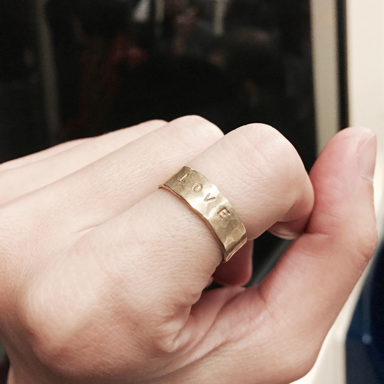 黃銅敲字戒