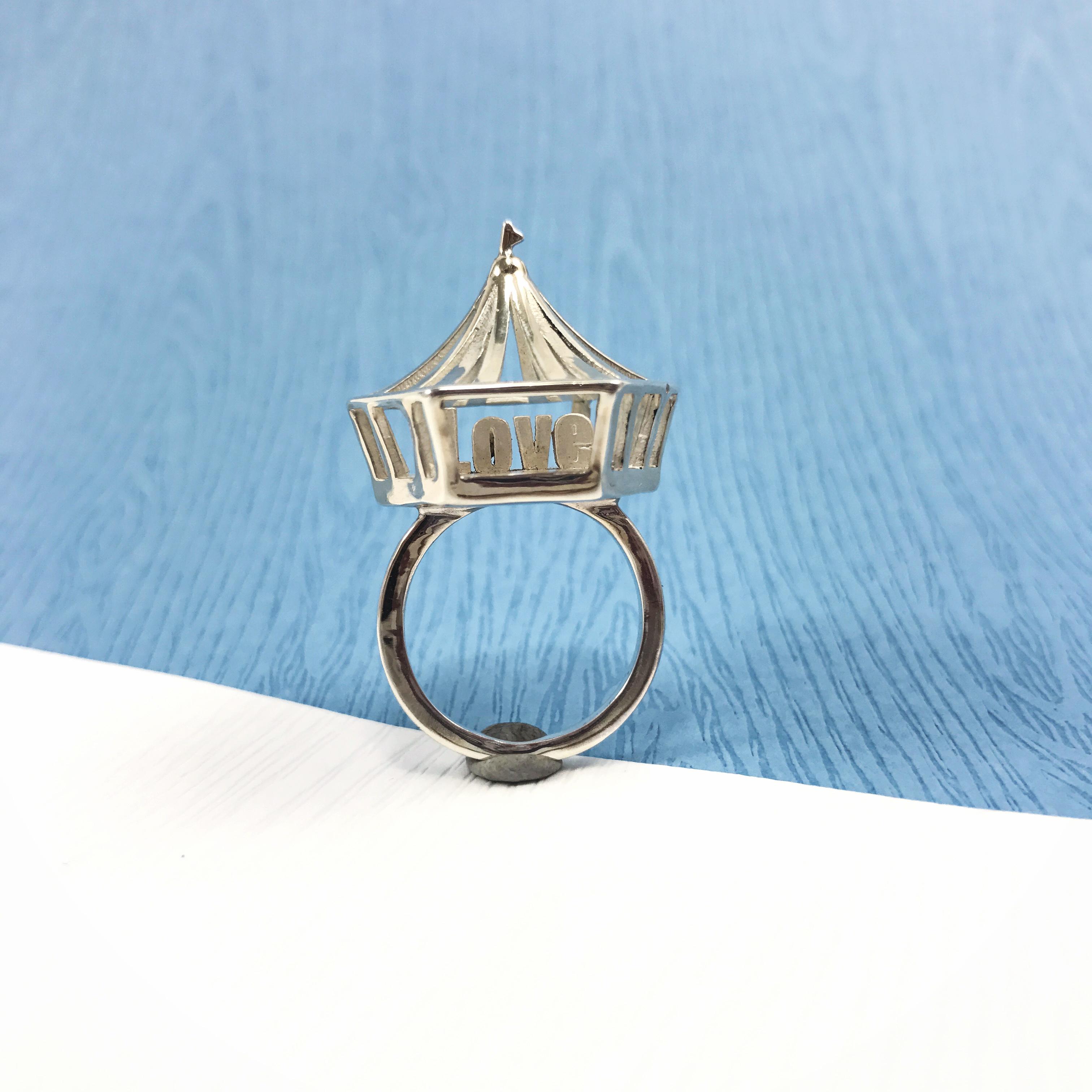 尋找愛─馬戲團 LOVE 字母 純銀 戒指