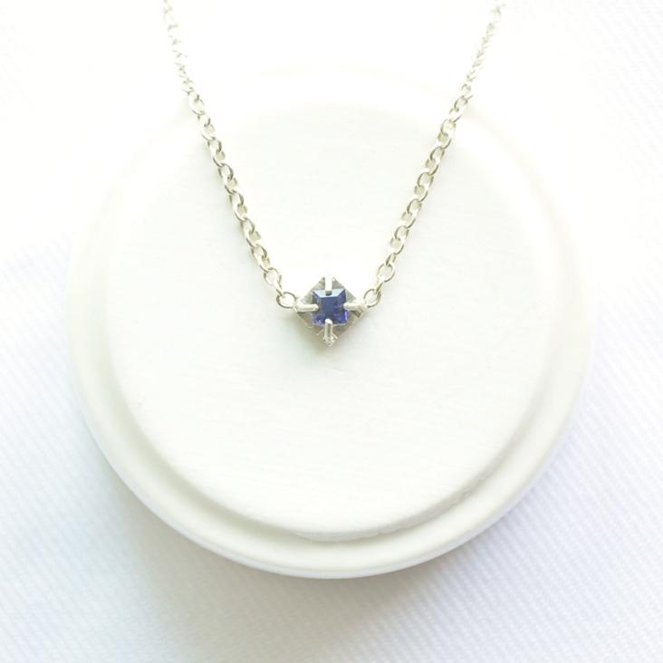 【波金的使者】藍色結晶 堇青石鎖骨銀鍊