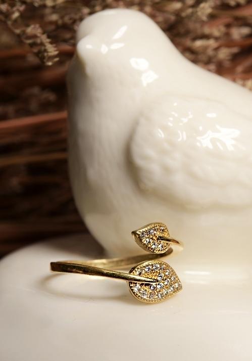 光燦葉形戒指