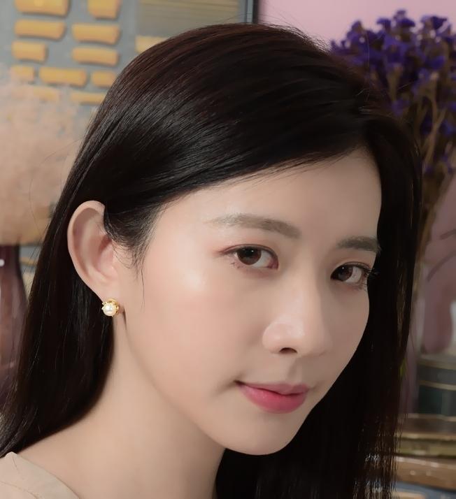 維多利亞八爪貼式耳環(珍珠米色)