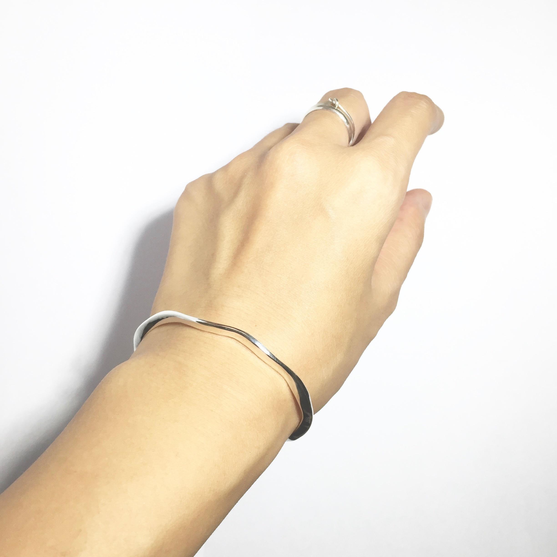 925純銀 浪花手環 c型