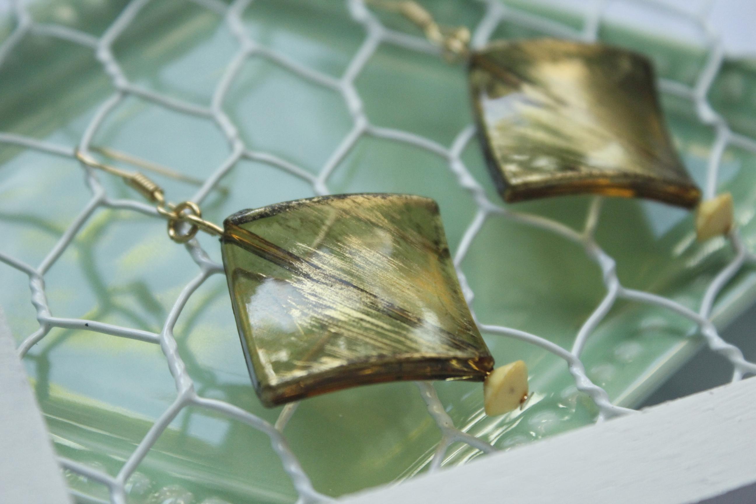|透明系|金色斑駁菱形耳環