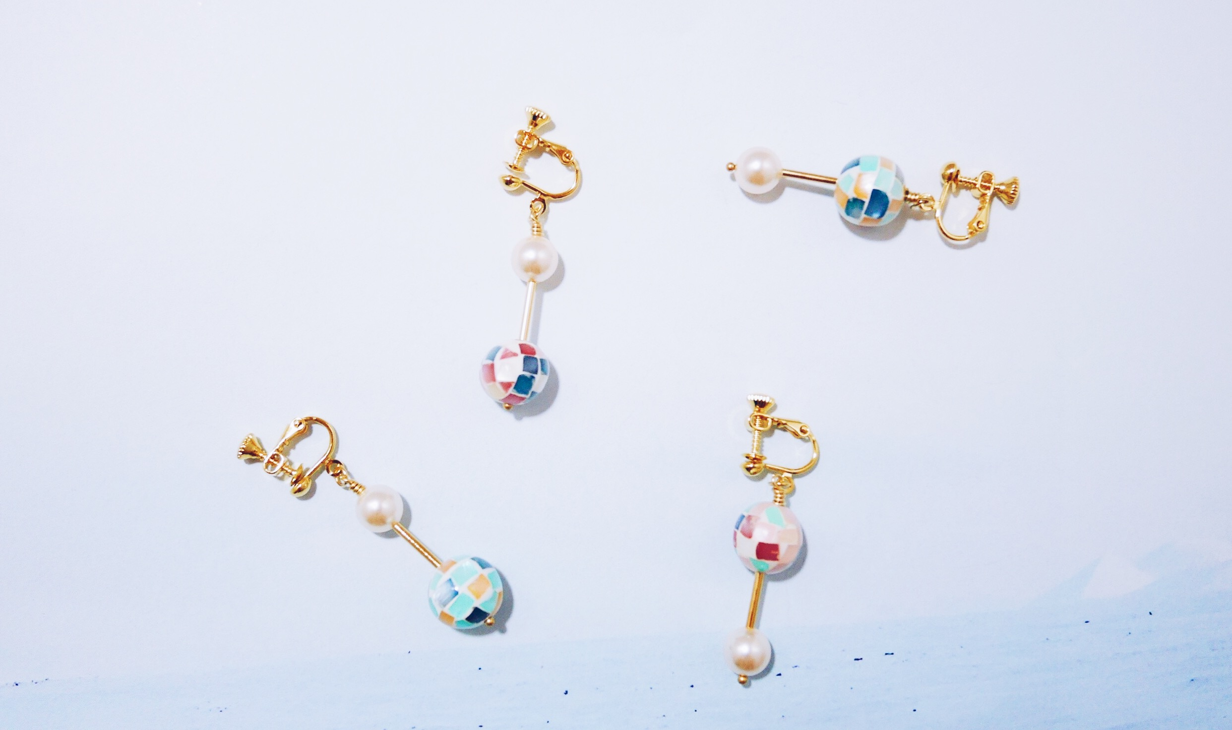 冰華--藍色系球型馬賽克貝水晶珍珠耳環