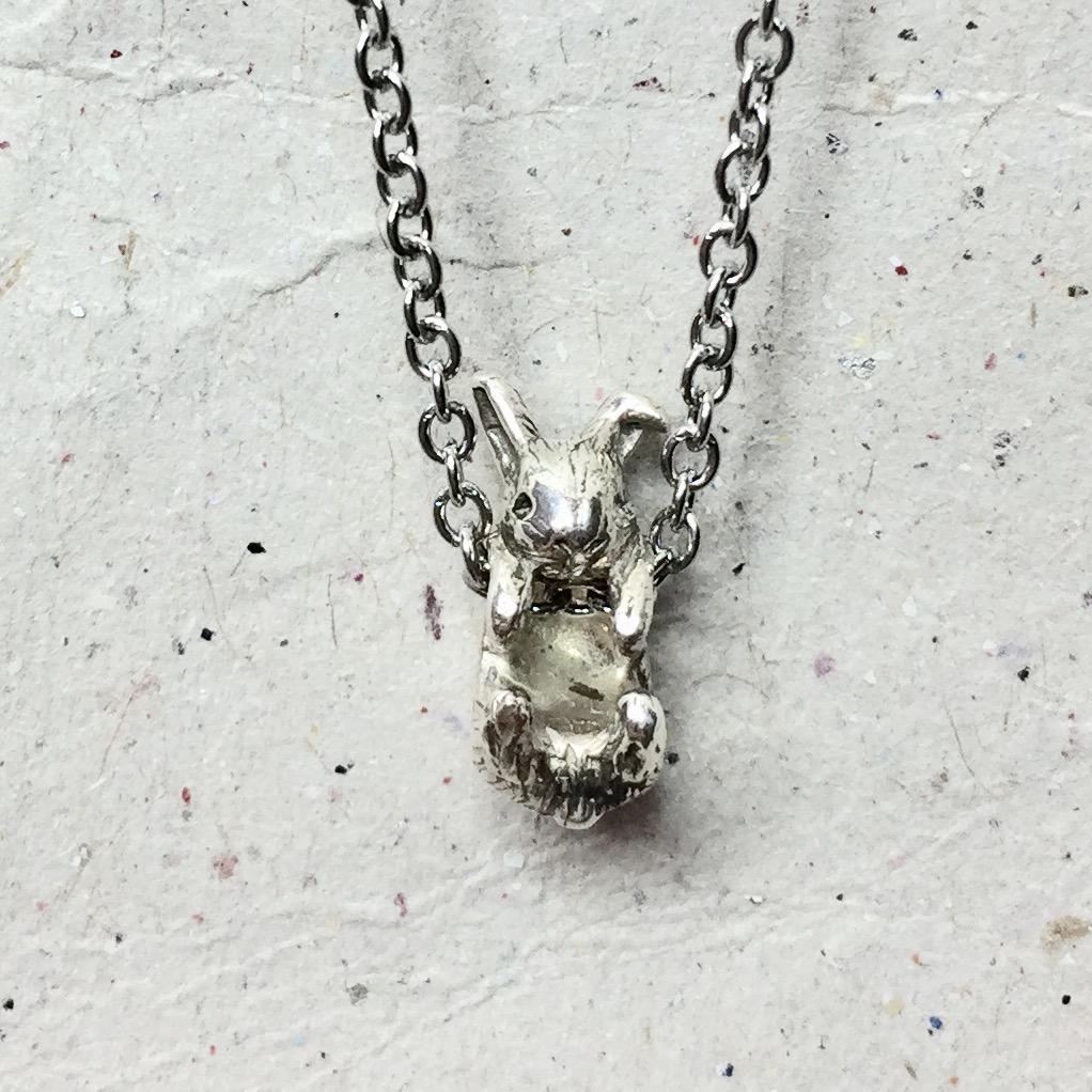《迷你兔》純銀項鍊