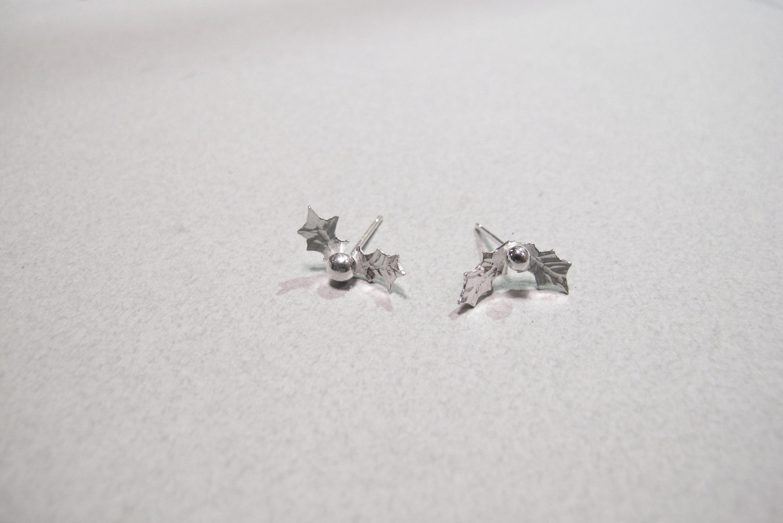 聖誕紅耳針