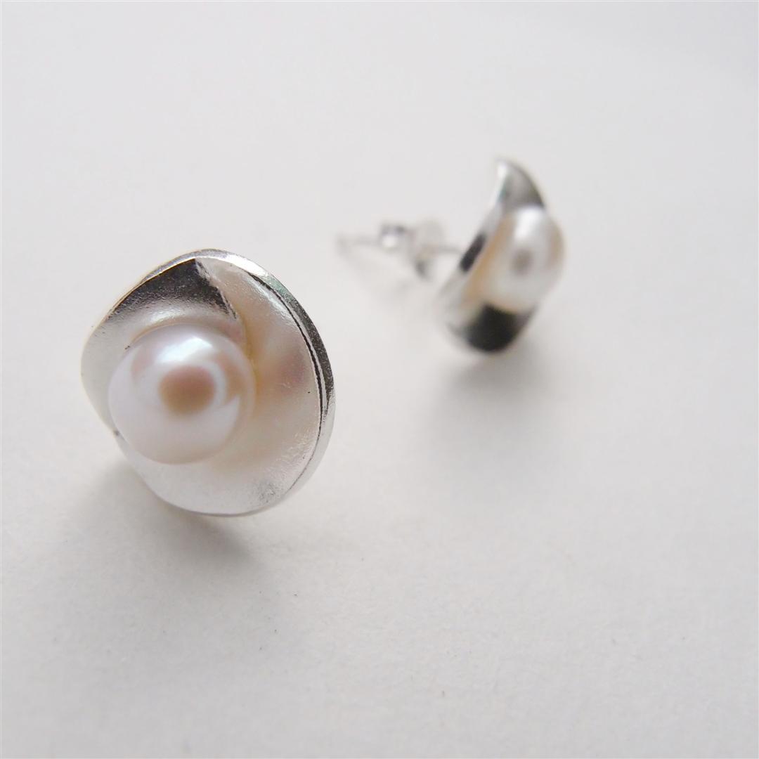 簡約典雅   珍珠純銀耳環