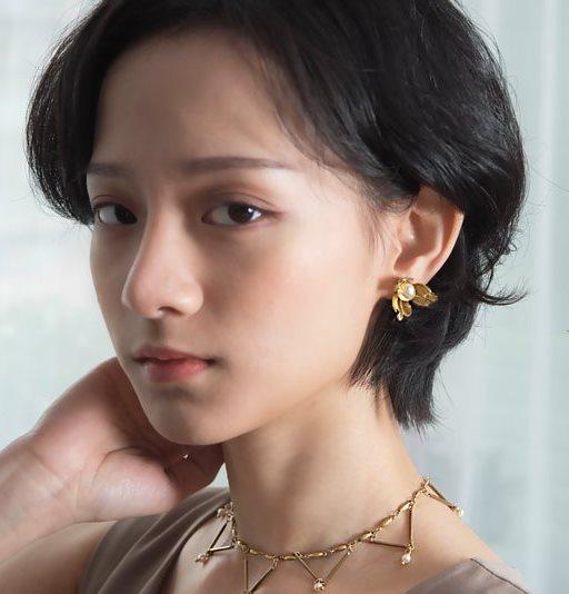 花間漫步貼式耳環