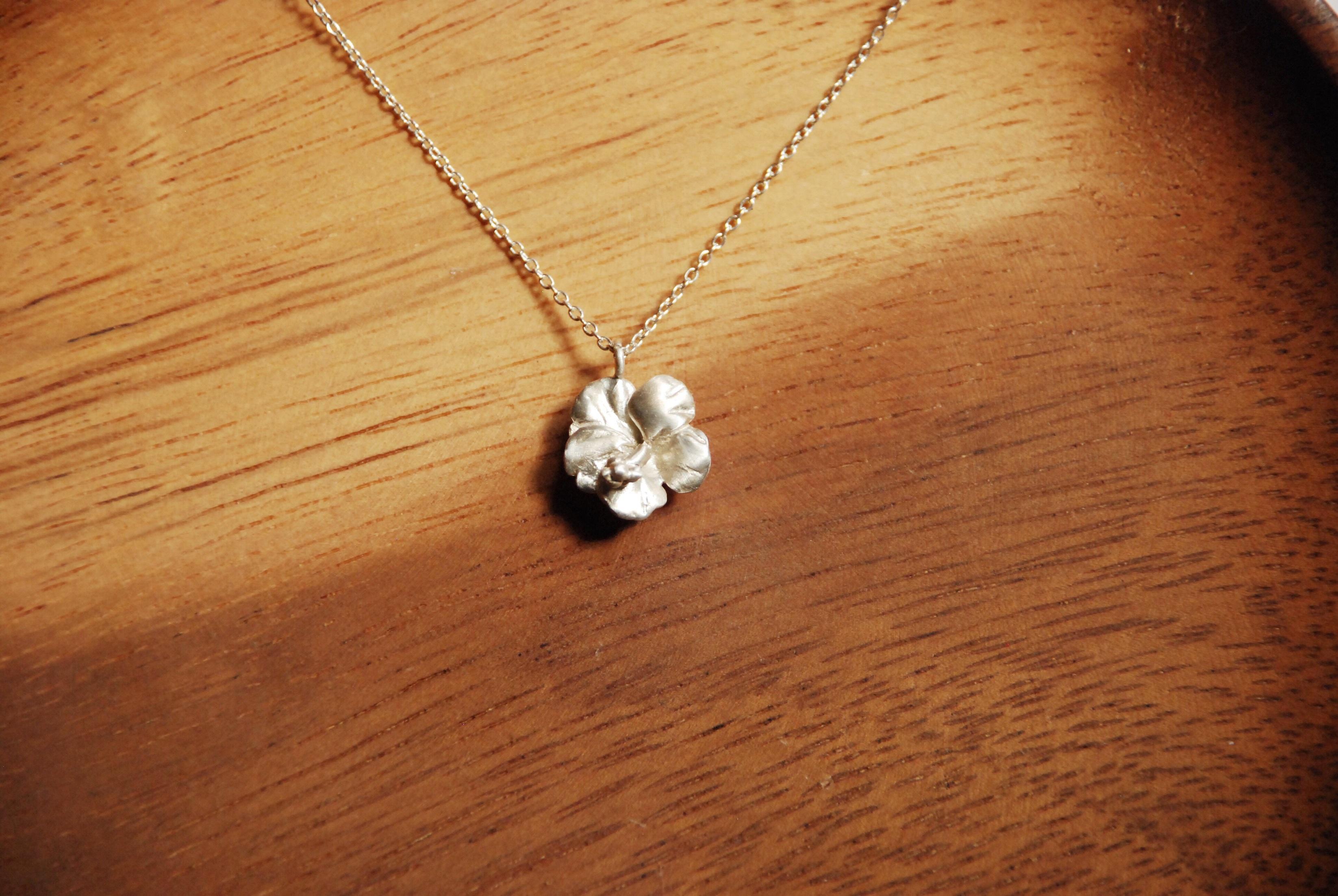 純銀項鍊 - 小扶桑花款