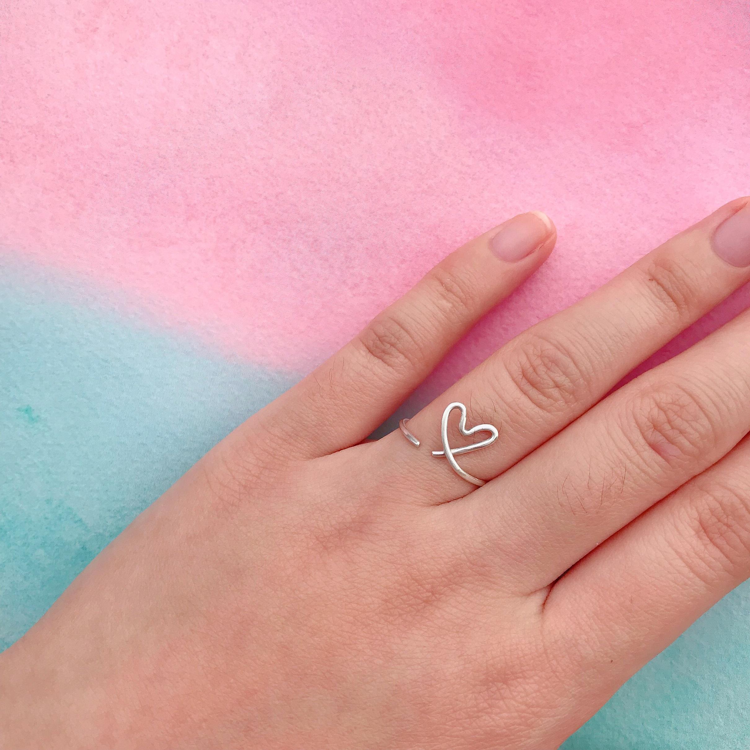可調式純銀戒指 - 隨性愛心