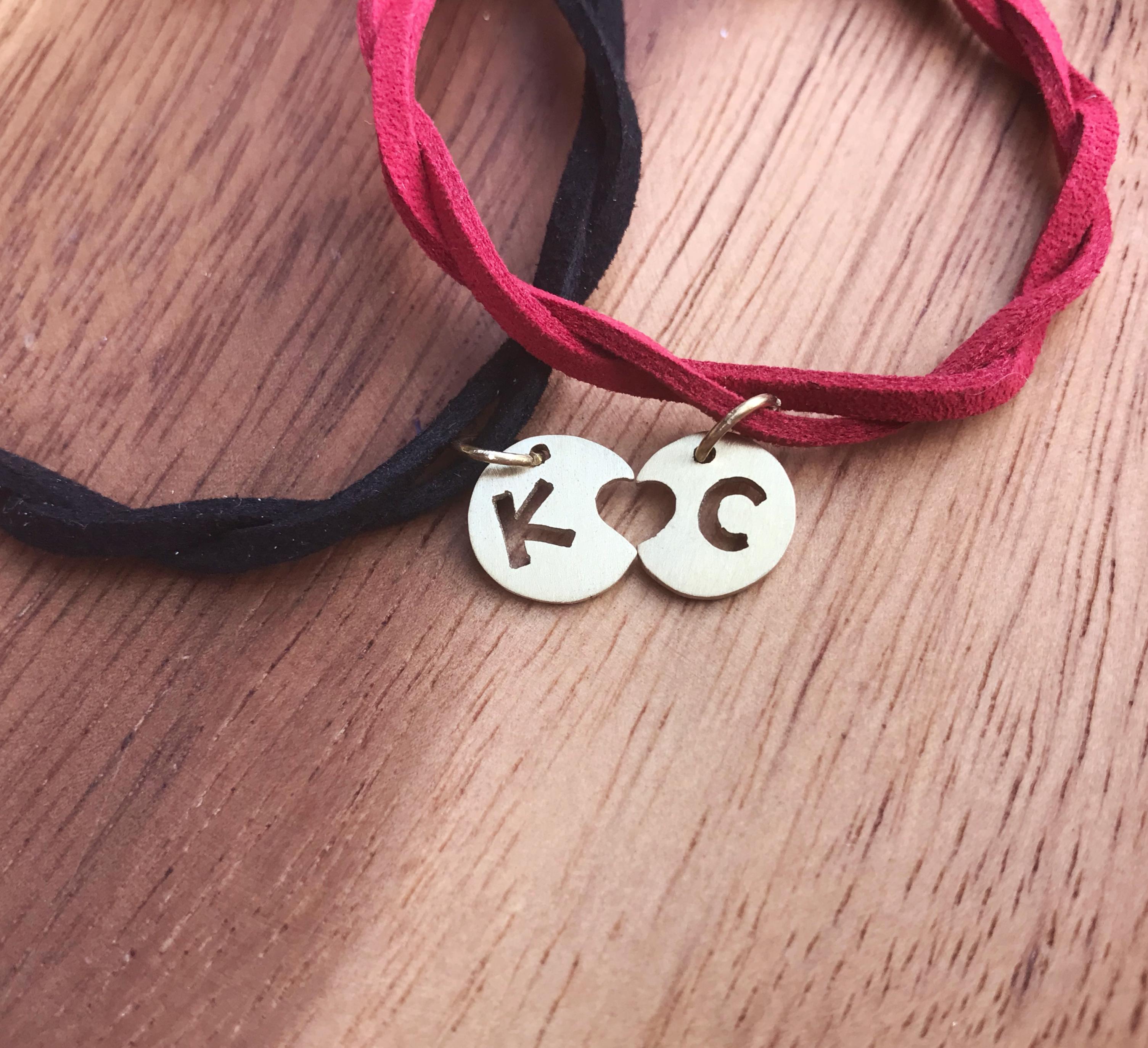 客製情侶手環 - 黃銅吊牌 x 韓國絨