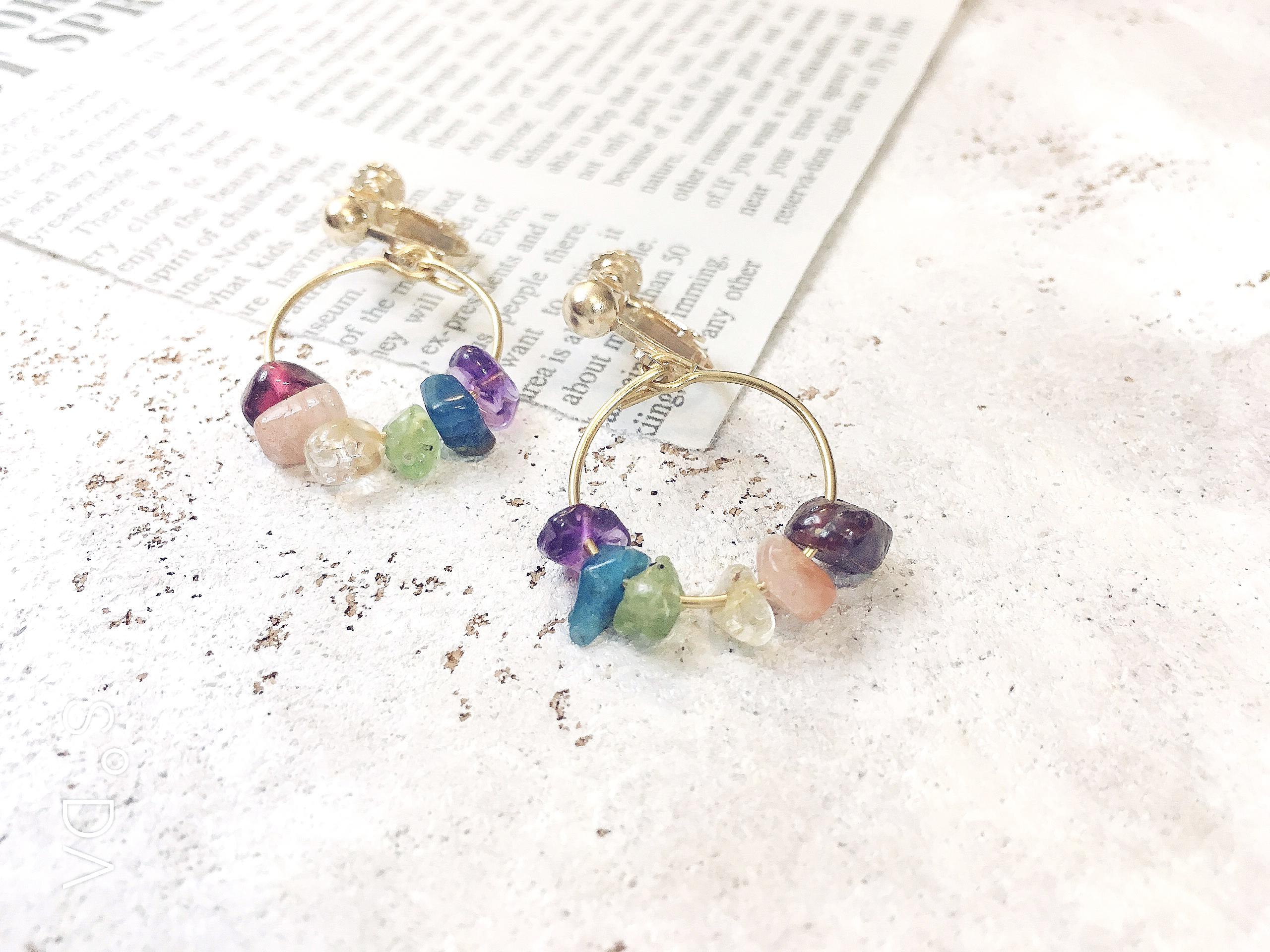 同在 - 彩虹礦石耳環 小圈圈