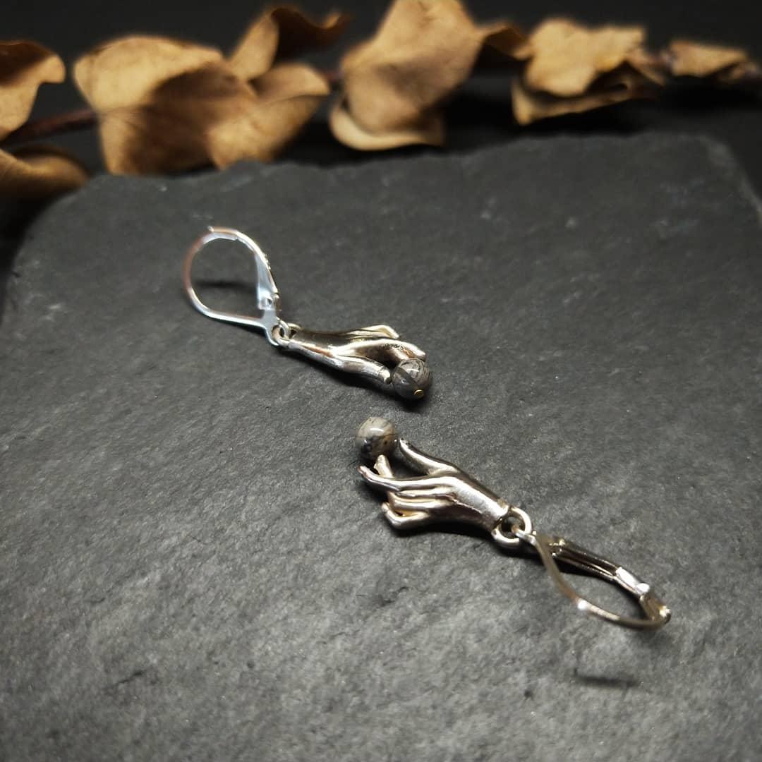 銀製耳環-設計款-珍寶treasure in hand(可改夾)