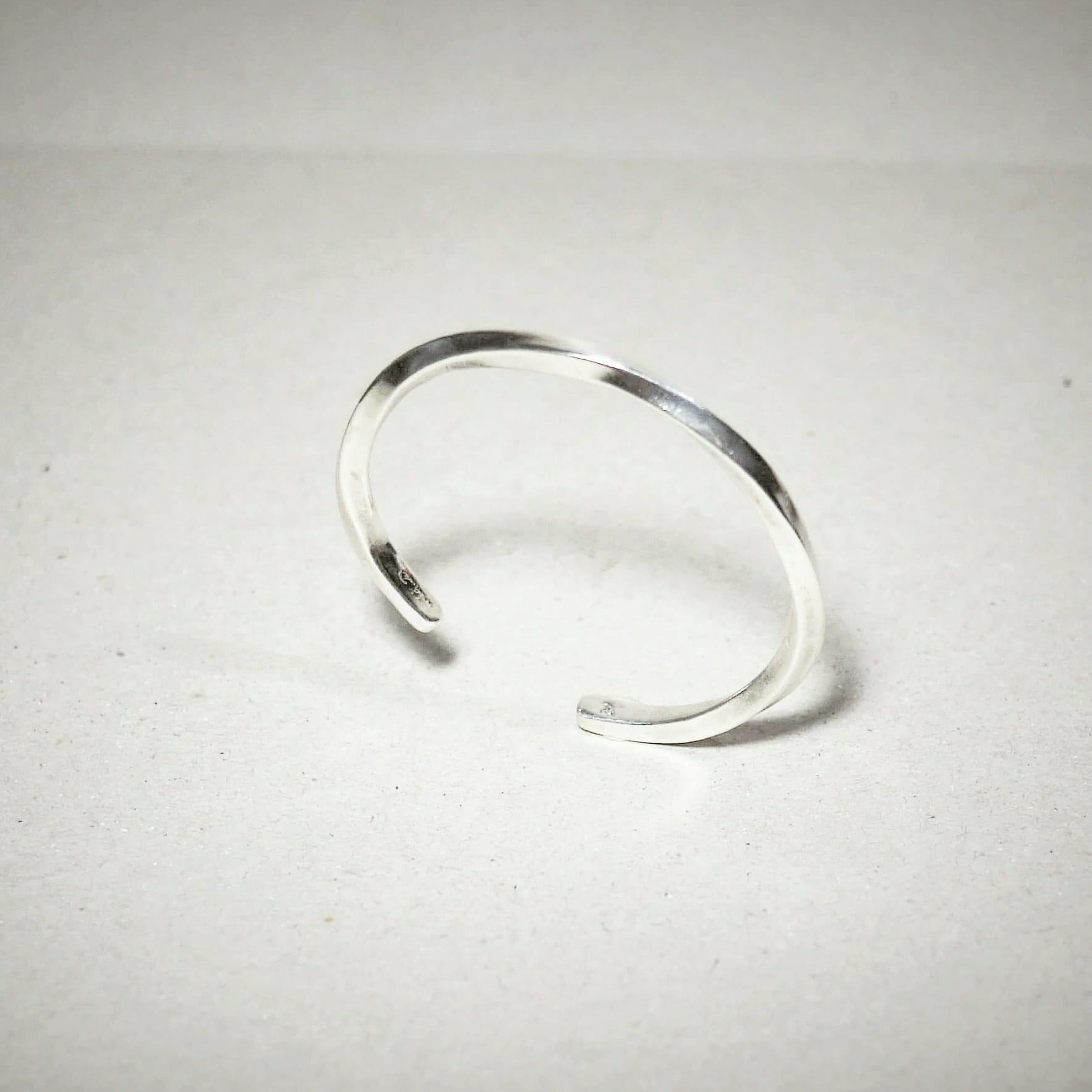 簡約扭轉 925銀手環  Concise_ twist silver cuff Bracelet