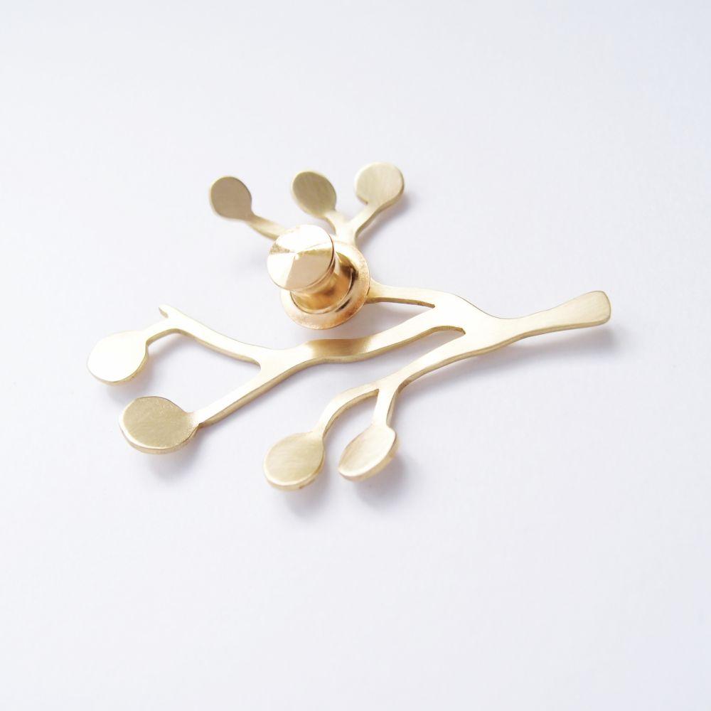 樹、果實1 黃銅胸針