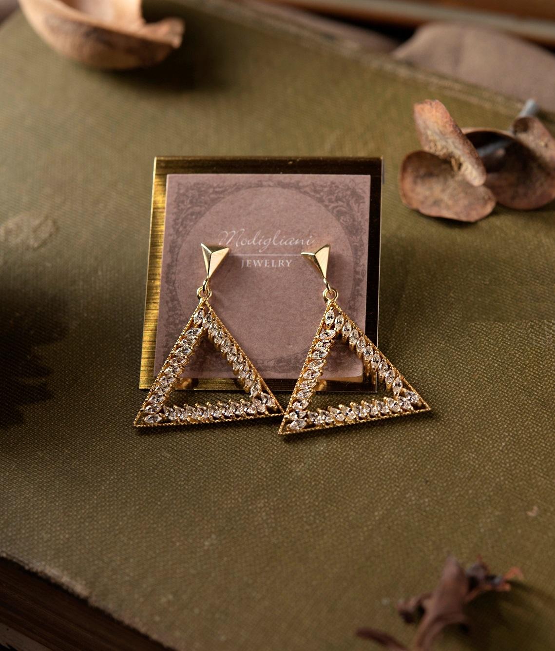 三角鑽戀垂墜式耳環