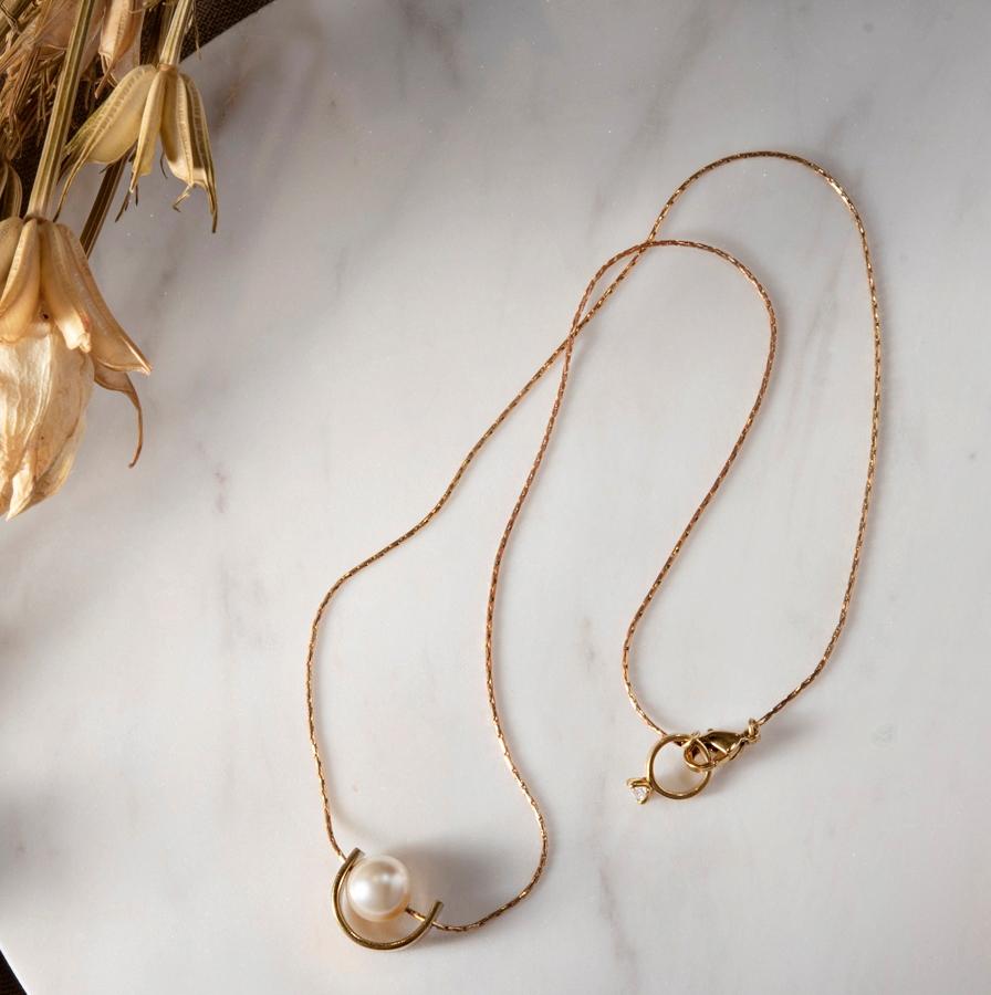 馬蹄鐵珍珠項鍊