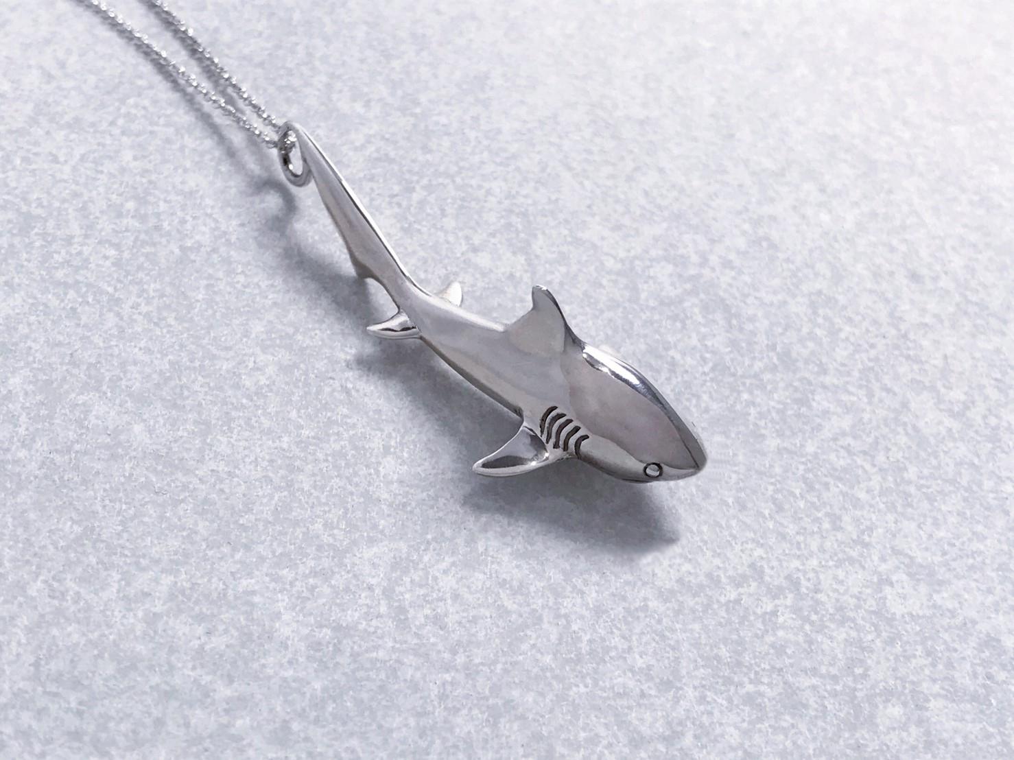 小鯊魚-純銀項鍊